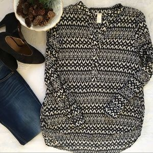 H&M Black & White Tribal Woven Tunic